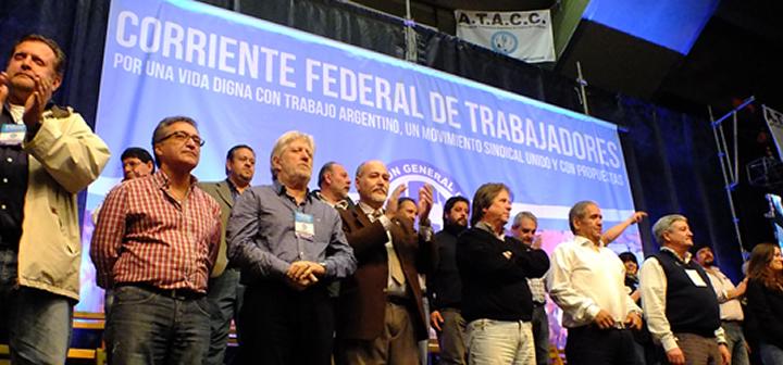 Acto-por-la-unidad-sindical-en-Ferro