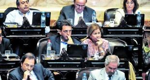 Bloque-Frente-Renovador-EMILIANA-MIGUELEZ_CLAIMA20140404_0031_27