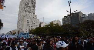 Cortes protestas y ollas populares en el centro - Organizaciones sociales - 9 de julio y Av de mayo