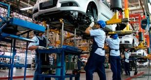 Industria-automotris-representa-13-por-ciento-del-PIB