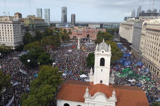 Plaza de Mayo II