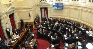 18/04/2018. Política. Sesión en el senado, proyectos económicos y defensa del consumidor. (Foto Lucía Merle)