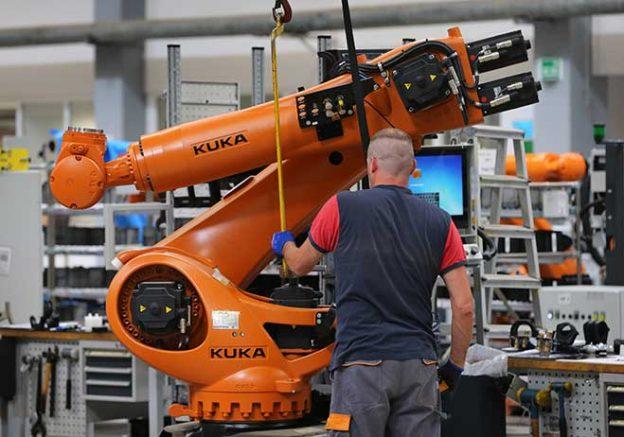 brazo-robot-624x437