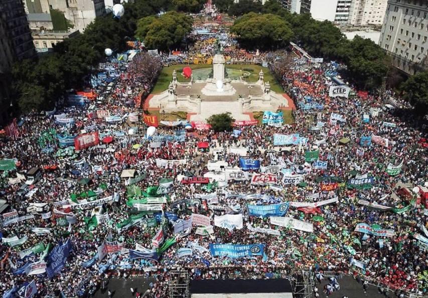 marcha-multisectorial-al-congreso