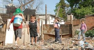 pobreza-extrema-en-la-provincia-resaltan-que-la-gestion-de-scioli-dejo-una-deuda-en-planes-sociales-de-varios-meses-ahora-intentan-solucionar-el-problema-0506-g1