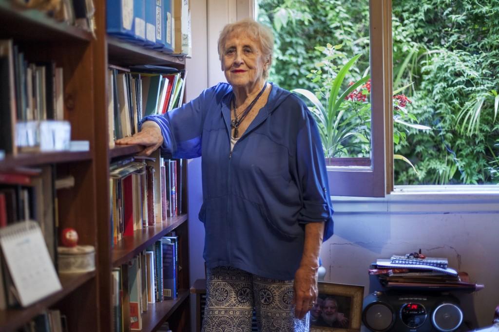 Portrait de Stella Calloni, auteure de plusieurs livre politique en Argentine.